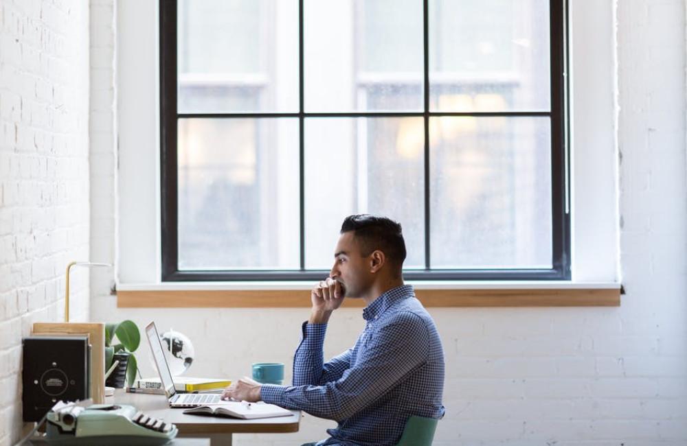 Drie redenen waarom een goede bureaustoel belangrijk is